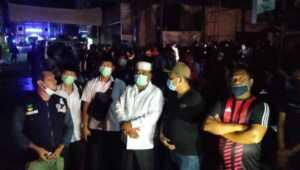 Jurnal Foto: kebakaran di Pasar Malam Karimun